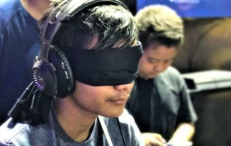 Trending at Gaming events_HyperX Blindfold Challenge_ESL Hyderabad