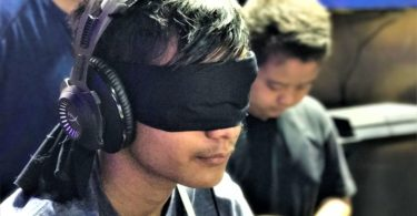 Trending at Gaming events_HyperX Blindfold Challenge_ESL Hyderabad